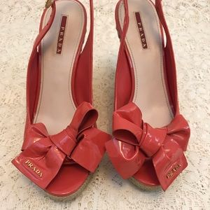 Prada orange patent leather bow espadrilles